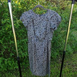 Banana Republic black and white fitted dress